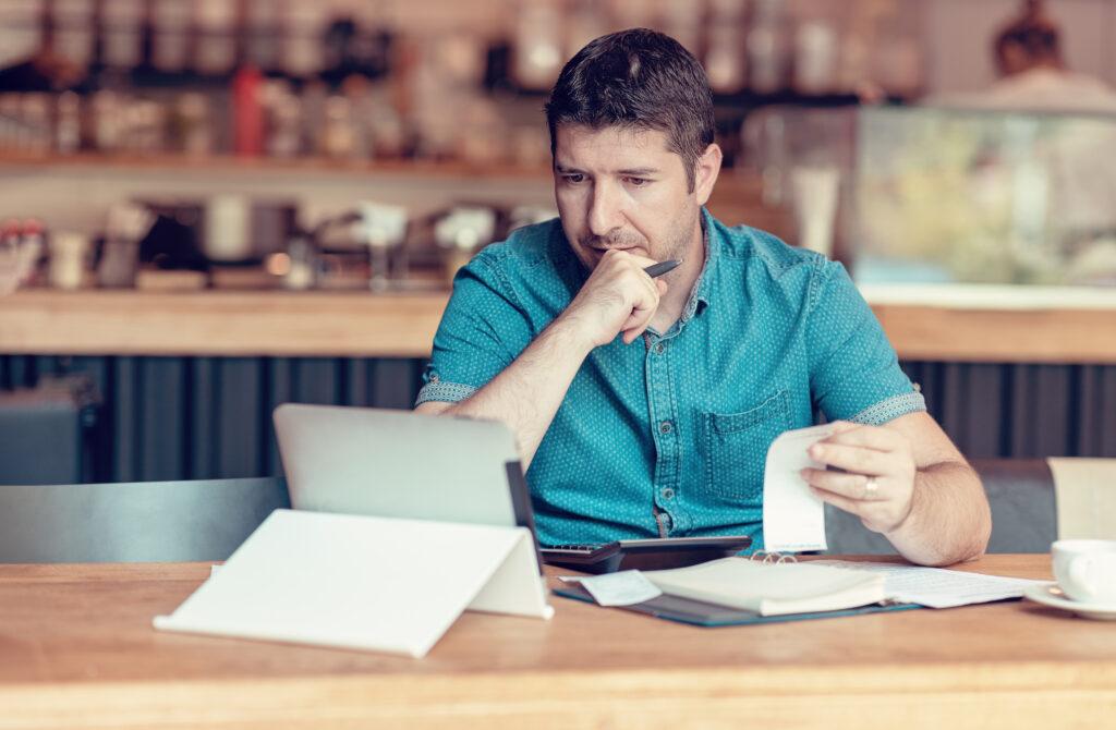 «Mit amw.one entlasten wir KMUs von IT- und Treuhandarbeiten»